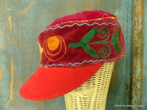 képi, chapeau, casquette, kep, Exile, Volkan Guloglu, Suzani